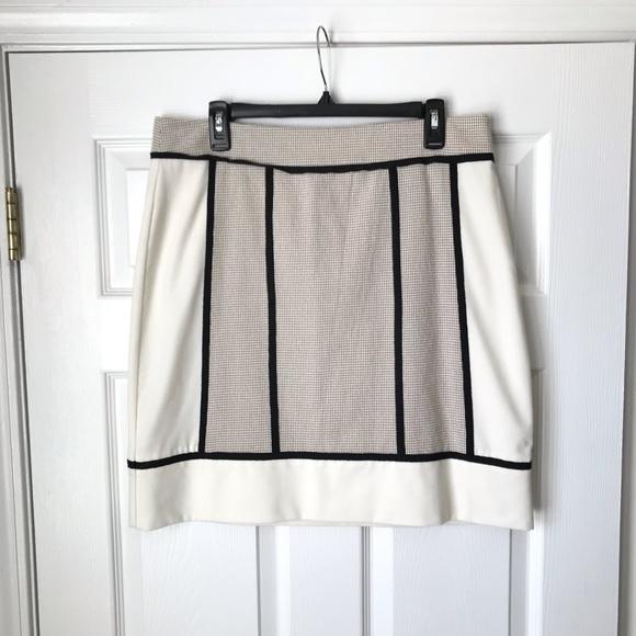 Ann Taylor Dresses & Skirts - Ann Taylor cream black trim textured skirt